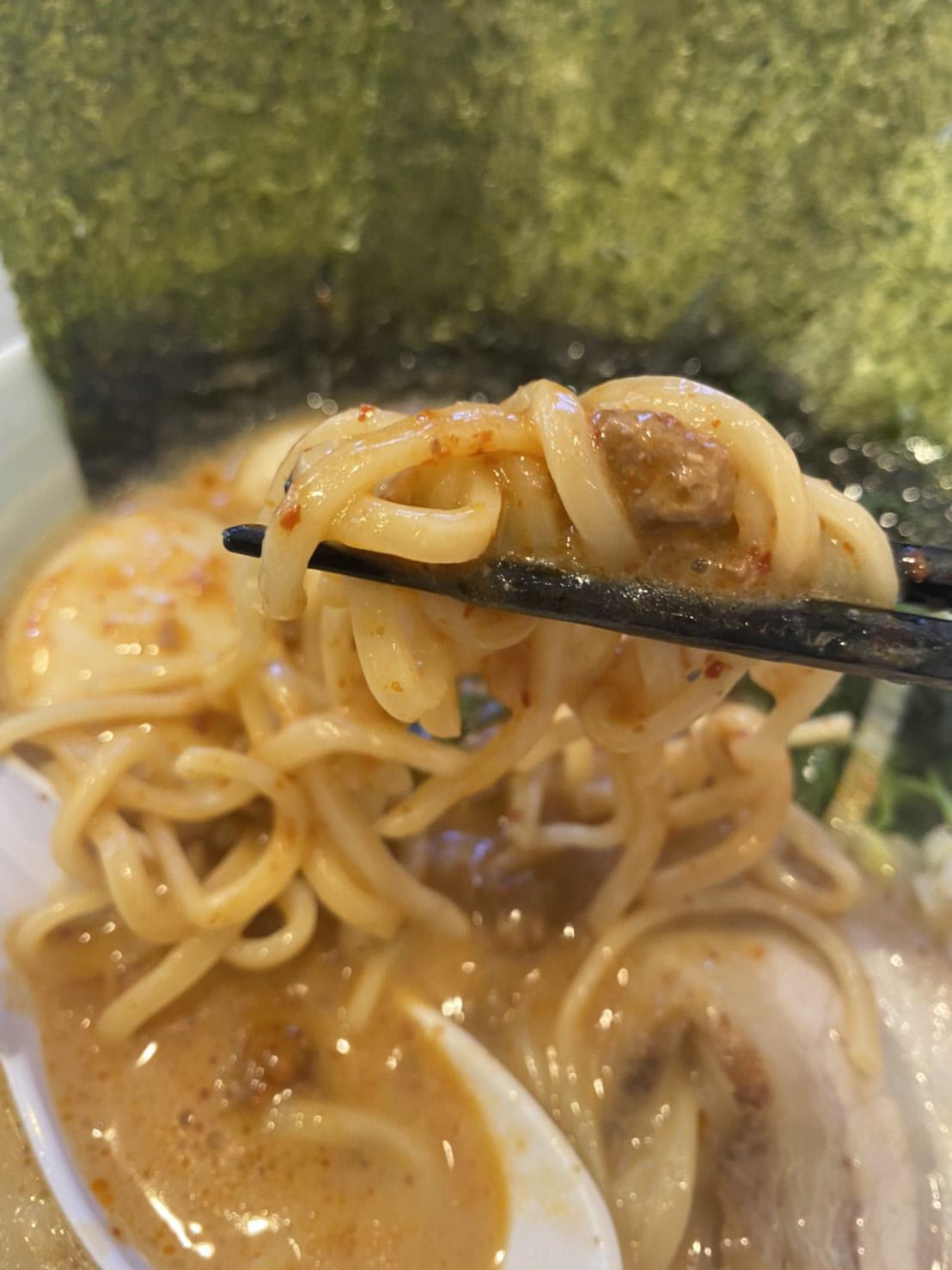 麺のアップ写真