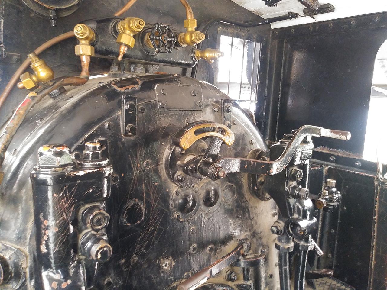SL機関車の中の写真
