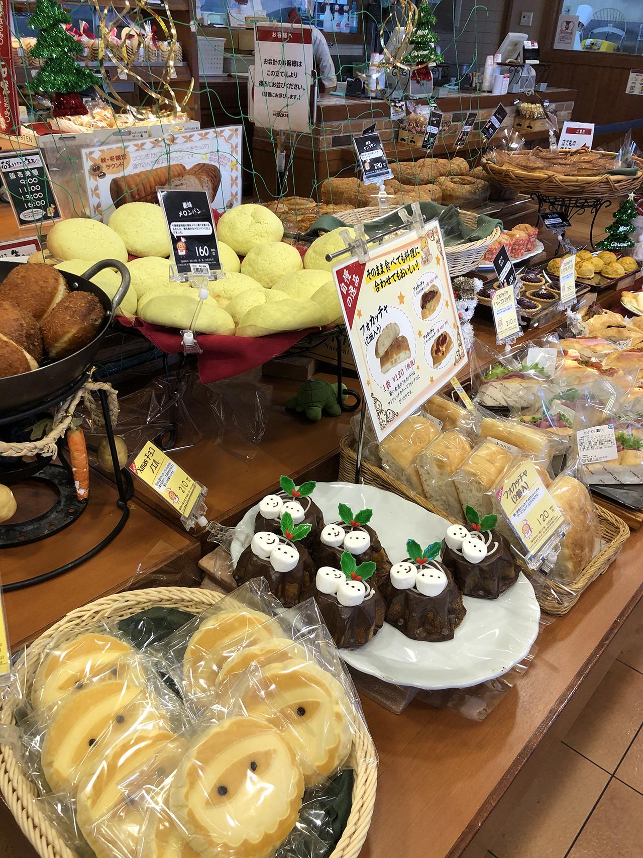 店内に並んだパンの写真4