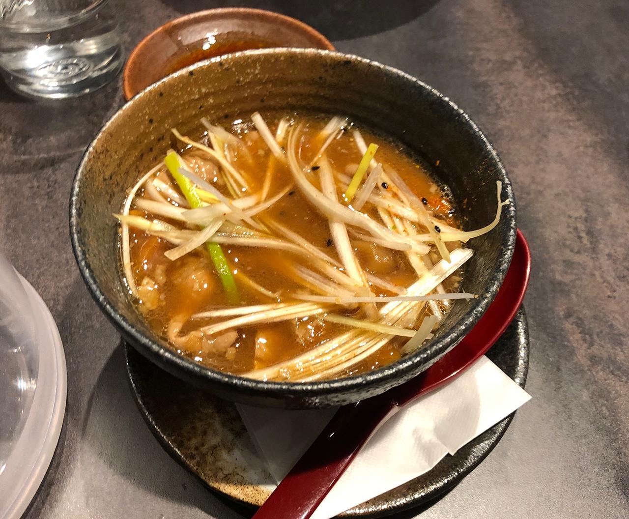 味噌モツ煮のアップ写真